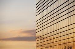 Extérieur en verre moderne de construction Photo libre de droits