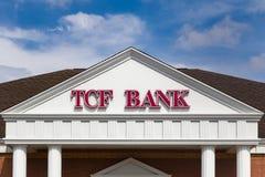 Extérieur et logo de banque de TCF Photographie stock libre de droits