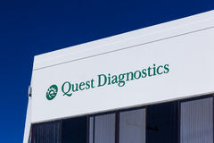 Extérieur et logo de diagnostics de recherche Images libres de droits