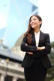 Extérieur sûr de femme d'affaires en Hong Kong Photo stock