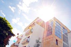 Extérieurs modernes d'immeubles Images libres de droits