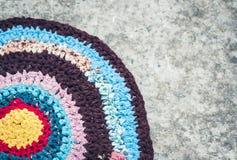 Ext?rieur color? de porte de tapis fait maison de tapis au sol image stock