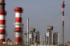 Extensión de la refinería y de la central eléctrica imágenes de archivo libres de regalías