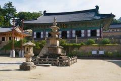 Exterior bonito do templo de Haeinsa, Chiin-Ri, Coreia fotografia de stock
