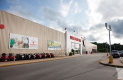 Exterior Canadian Tire Stock Image