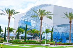 Exterior constructivo de Salvador Dali Museum Florida Imágenes de archivo libres de regalías