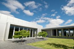Exterior da arquitetura moderna Imagem de Stock Royalty Free