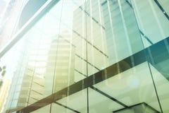 Exterior da construção residencial de vidro Conceito do negócio Copie o espaço foto de stock