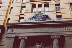 Exterior de Commonwealth Bank da construção do ` s de Austrália em Syd imagens de stock royalty free