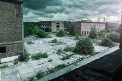 Exterior de construção arruinado velho Fotografia de Stock