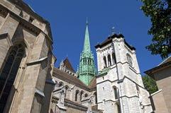 Exterior de la catedral del Saint Pierre en Ginebra Fotos de archivo