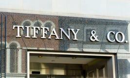 Exterior de la tienda al por menor de Tiffany & Company Foto de archivo libre de regalías