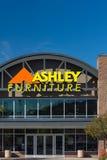 Exterior de la tienda de Ashley Furniture Imágenes de archivo libres de regalías
