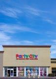 Exterior de la tienda de la ciudad del partido Foto de archivo