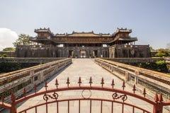 Exterior de Ngo Mon Gate, parte de la ciudadela en la capital vietnamita anterior Hué, Vietnam central, Vietnam fotografía de archivo libre de regalías