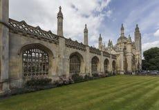 Exterior de reyes College en Cambridge Imágenes de archivo libres de regalías