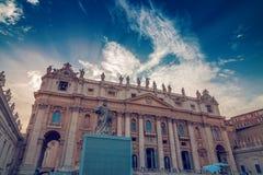 Exterior de St Peter Basilica Imagen de archivo