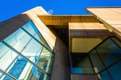 Exterior de un edificio moderno en el Mt Área de Vernon de Baltimor Fotografía de archivo
