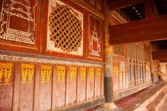 Exterior de un templo budista en Yunnan Imágenes de archivo libres de regalías