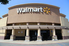 Exterior de Walmart Imagem de Stock Royalty Free