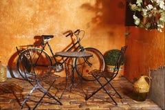 Exterior del café del verano de Grecia Imagenes de archivo