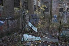 Exterior del edificio abandonado Fotografía de archivo