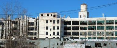 Exterior del edificio abandonado arruinado en Detroit Fotografía de archivo libre de regalías