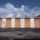 Exterior del edificio de almacenamiento del uno mismo Imágenes de archivo libres de regalías