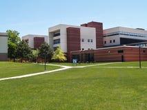 exterior del Instituto de Enseñanza Superior Fotos de archivo libres de regalías