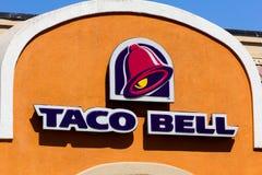 Exterior del restaurante de Taco Bell fotos de archivo