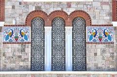 Exterior do detalhe da igreja da trindade santamente, Piraeus, Grécia Fotos de Stock