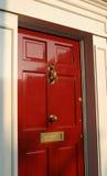 Exterior georgiano de la puerta de la casa fotografía de archivo