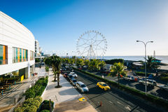 The exterior of the Mall of Asia and ferris wheel, in Pasay, Met Stock Images