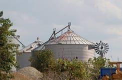 Metal silos in Illinois countryside Royalty Free Stock Photos