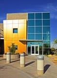 Exterior à moda moderno do edifício do negócio Fotografia de Stock Royalty Free