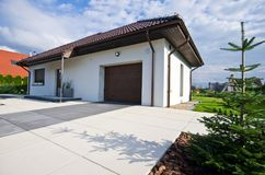 Exterior of a modern house with elegant architecture Royalty Free Stock Photography