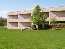exterior moderno do edifício de tijolo Imagens de Stock Royalty Free