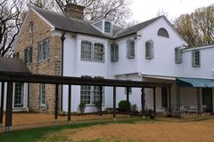 Exterior view of Elvis Presley's home at Graceland Royalty Free Stock Photography
