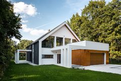 Modern house with garage, exterior view