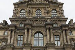 Exteriores do museu do Louvre, Paris, França Foto de Stock