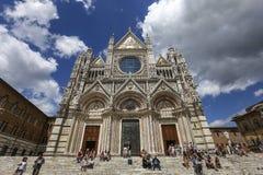 Exteriores e detalhes de catedral de Siena, Siena, Itália Imagem de Stock