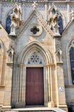 external двери католической церкви стоковые фотографии rf