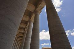 External квадрата базилики ` s St Peter, Рима Италии стоковое изображение
