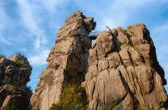 Externsteine, de vorming van de zandsteenrots in Teutoburg Voor Royalty-vrije Stock Fotografie