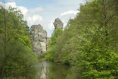 Externsteine Herford, Tyskland Arkivbilder
