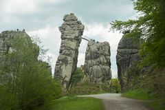 Externsteine Herford, Tyskland Royaltyfri Bild