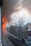 Luta contra o incêndio Rússia, apartamento Fotografia de Stock Royalty Free