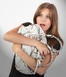 Extorsão Scared da bolsa da mulher fotos de stock royalty free