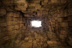 Extrémité de tunnel photographie stock libre de droits