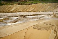 Extração da areia, poço de areia com água Foto de Stock Royalty Free